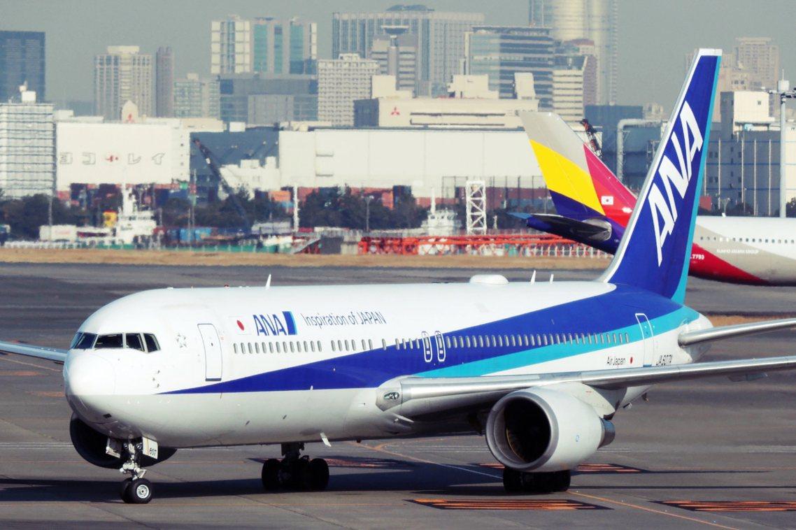 1月30日,日本從武漢返抵的第二班撤僑班機,抵達東京。 圖/法新社