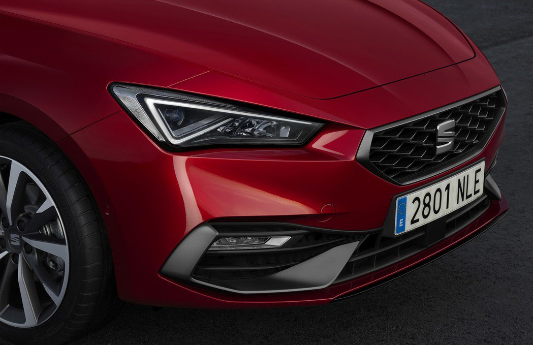 第四代SEAT Leon車頭設計更加運動化。 圖/SEAT提供