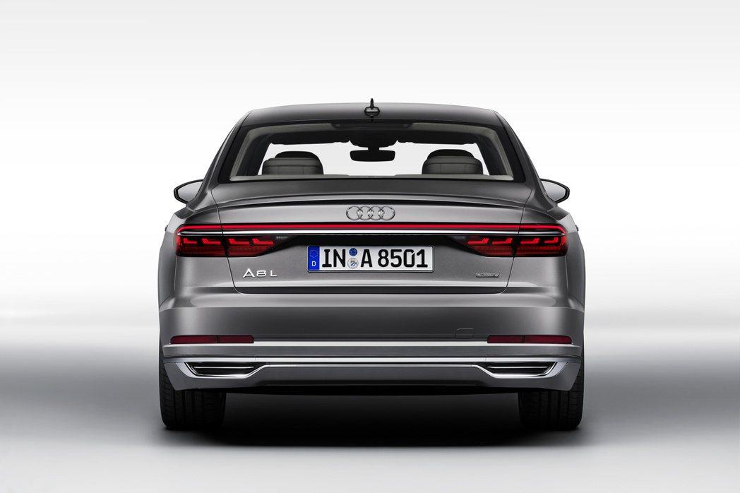Audi在中國市場才有的長軸車型,去年的銷售狀態也相當良好。圖中的A8 L在20...