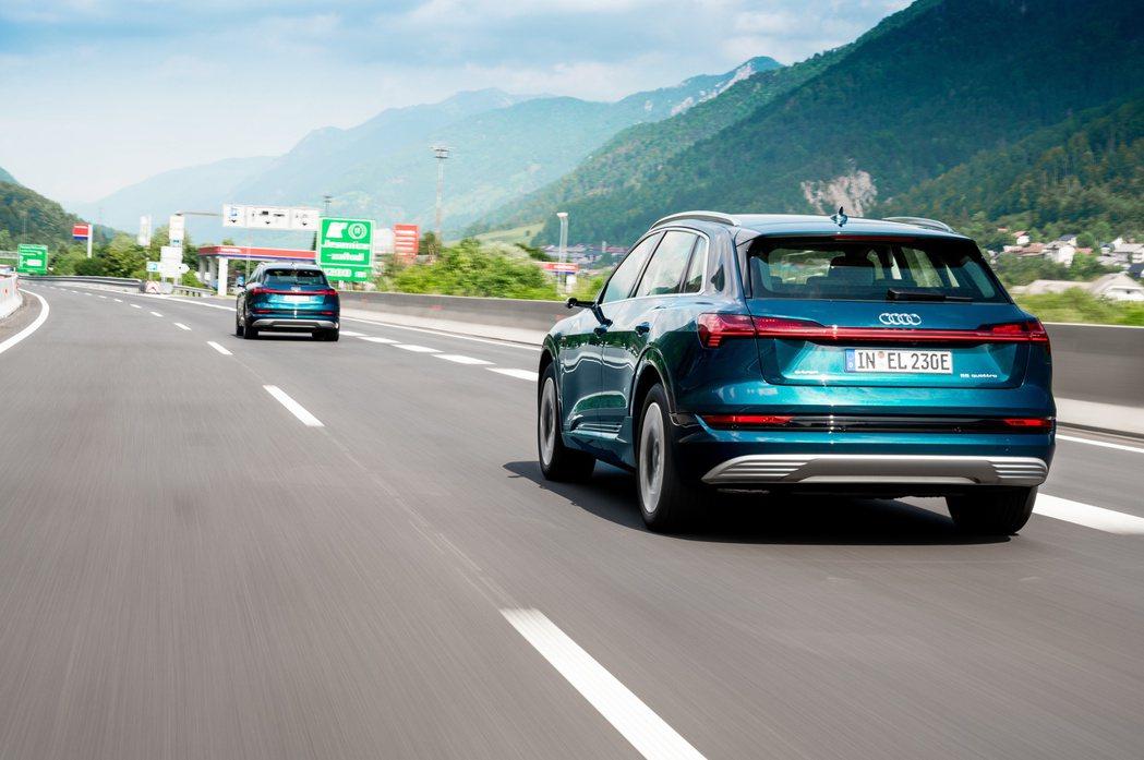 品牌首款純電車e-tron,在德國、挪威、荷蘭、瑞典及奧地利皆為這五國純電休旅級...