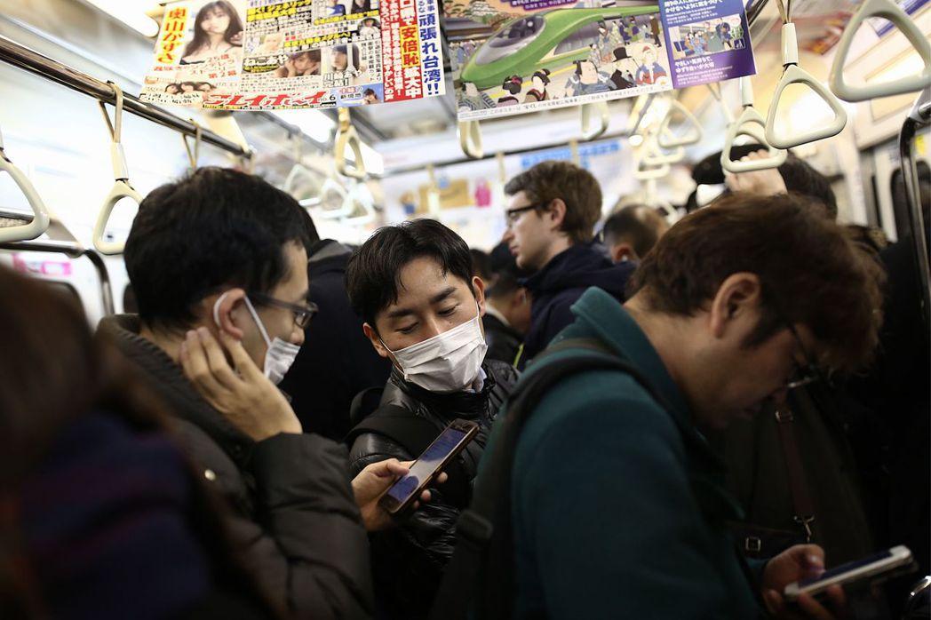 1月28日一名奈良的日籍遊覽車司機,被檢驗出罹患武漢肺炎,為日本第一起人傳人的本...