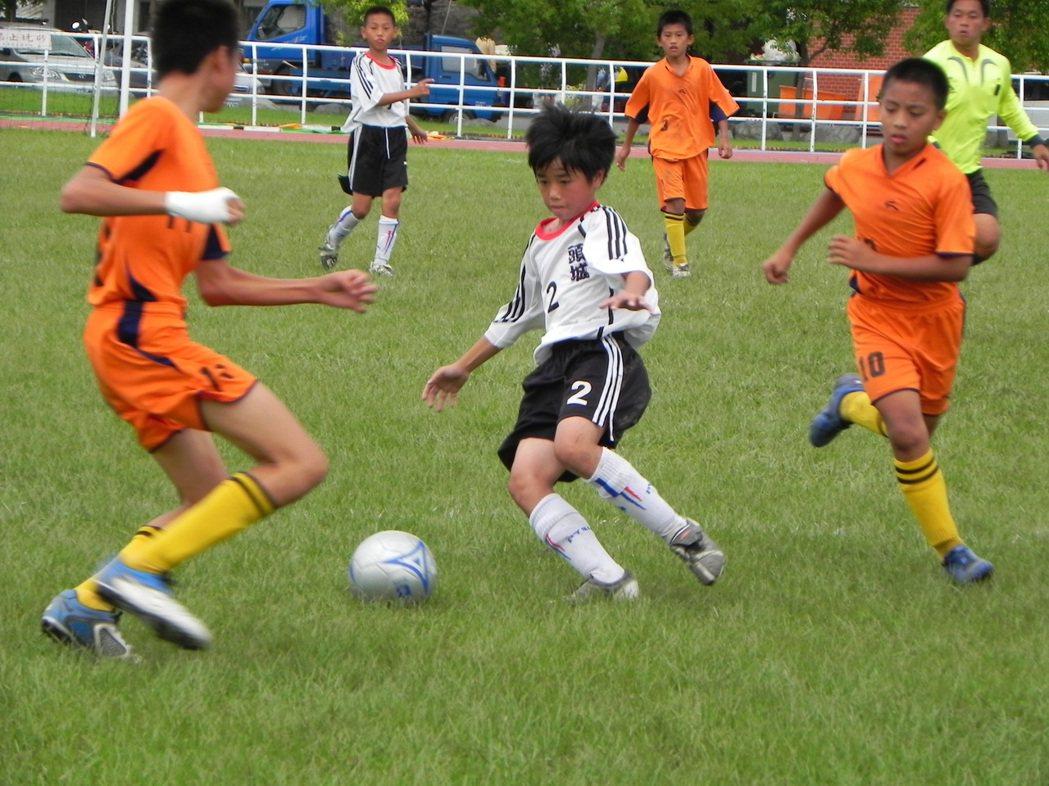 防止武漢疫情擴散!台東市豐田國中取消足球隊赴大陸移地訓練。示意圖/本報資料照片