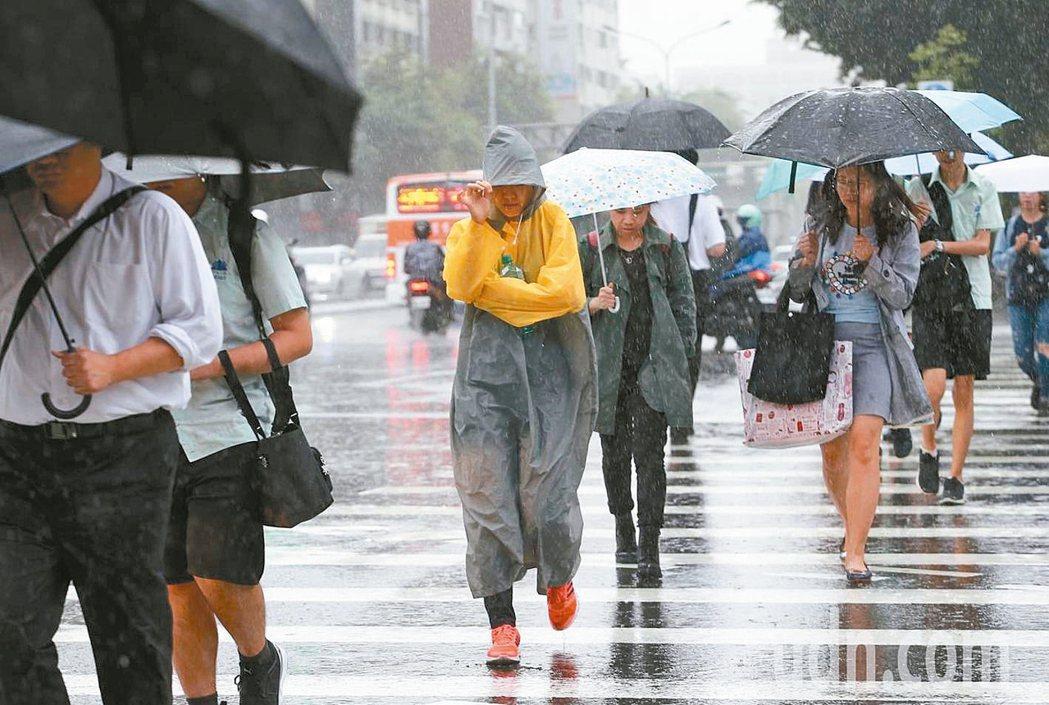 「恐雨症」常見於年輕族群與兒童,女性又多於男性。 本報資料照片