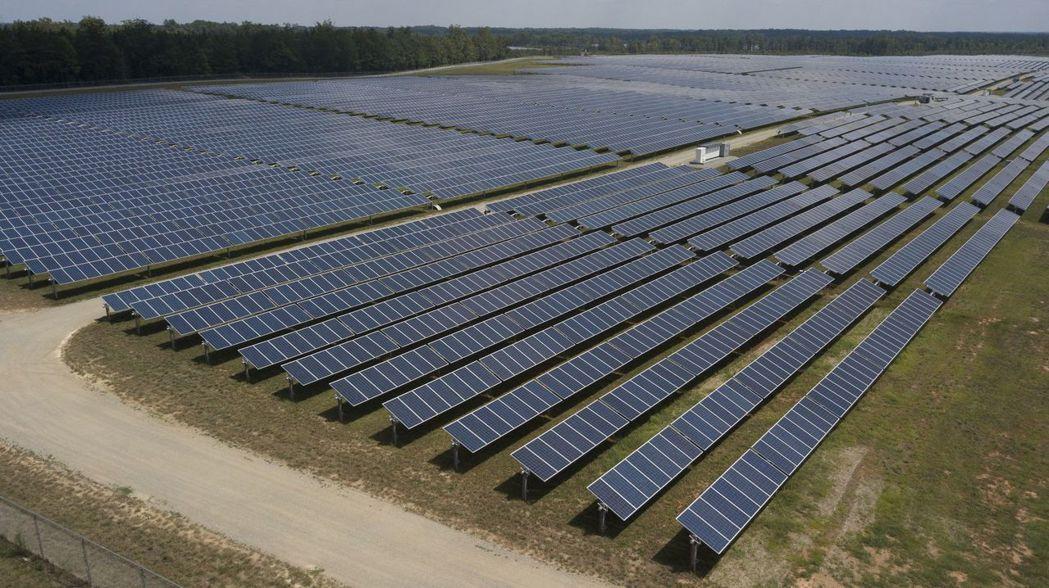 隨著太陽能及風力發電的成本下降、儲電設備、核融合等技術的日新月異,以及各國政府的...