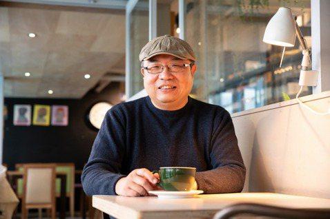 汪浩老師擔任本月《倡議+》客座總編。 圖/吳欣穎攝影