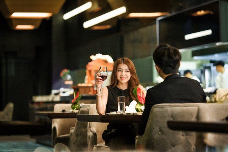 瑞穗天合館內的PRIME ONE牛排館,食物美味,氣氛浪漫爆表。 瑞穗天合