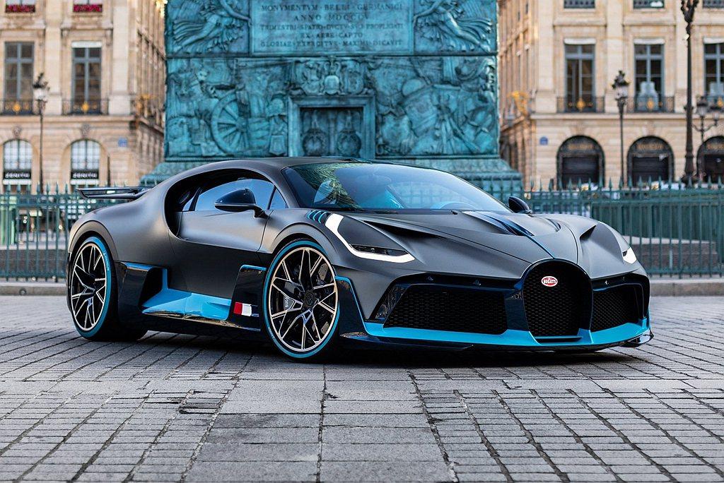Bugatti每年都有許多意外驚喜,甚至發展出定位不同、具歷史意義與致敬的特殊車...