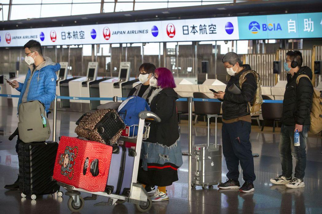 武漢肺炎全球確診病例今天超過當年的SARS。美聯社