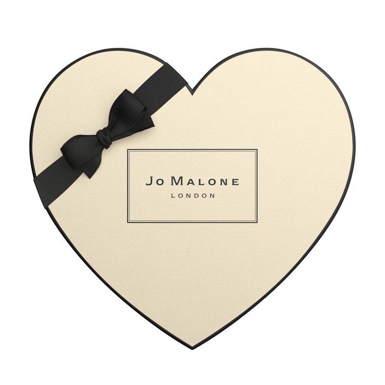 Jo Malone情人節限定限量心形禮盒,2月1日至2月29日購買2件商品則可享...