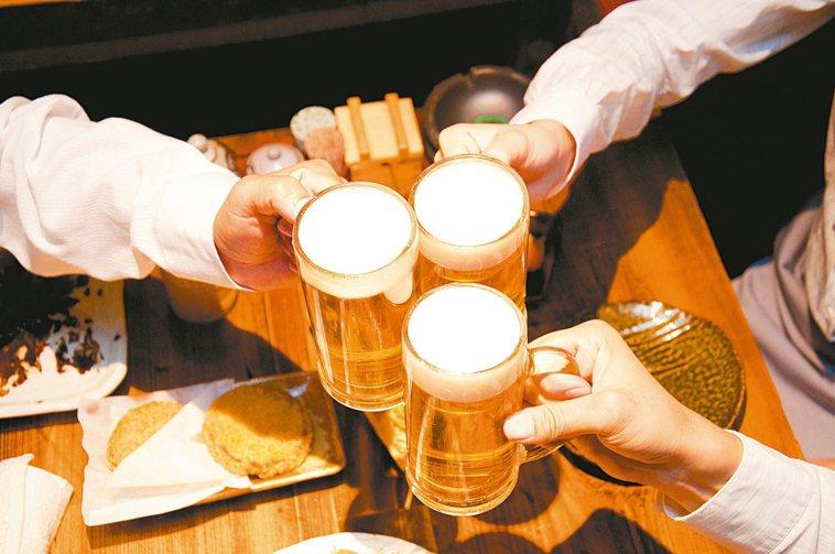 喝酒容易臉紅正是肝臟解毒功能不全的表現,,當這種毒性致癌物無法正常代謝且持續累積...