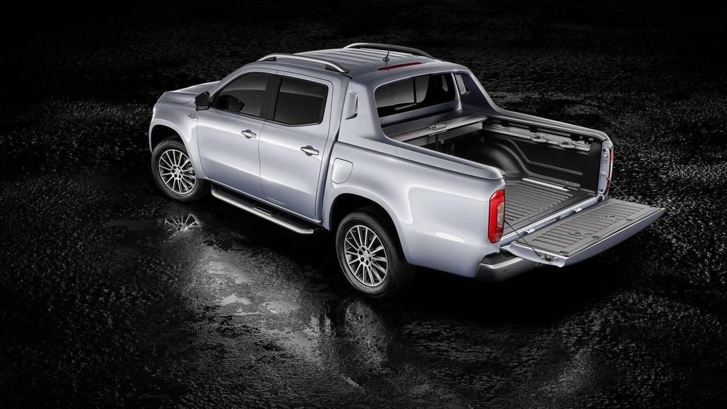 Mercedes-Benz X-Class 确定将於五月停产。 摘自Merced...