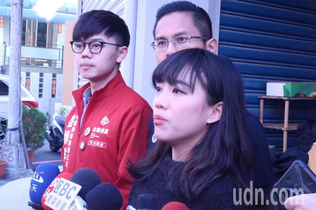 高雄市議員黃捷表示,希望民眾提出具體的理由,不要把罷捷當成報復性的行為。記者徐如...