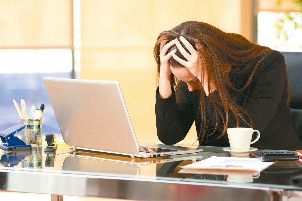 廣泛型焦慮症是現代社會常見的文明病,並經常引發睡眠問題,「焦慮症」是已經失控的焦...