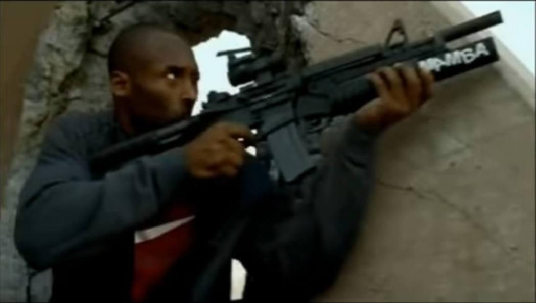 Kobe在2010年《Call of Duty: Black Ops》拍攝真人廣...
