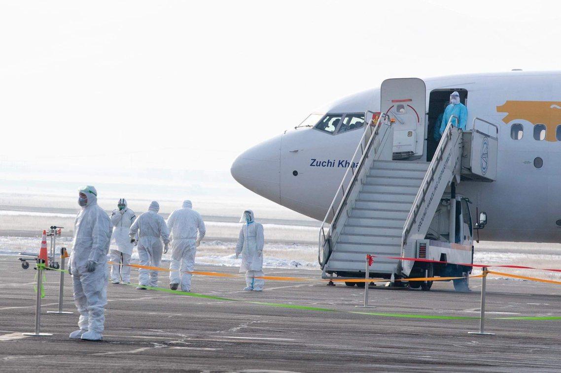 圖為斯里蘭卡撤僑班機。 圖/歐新社