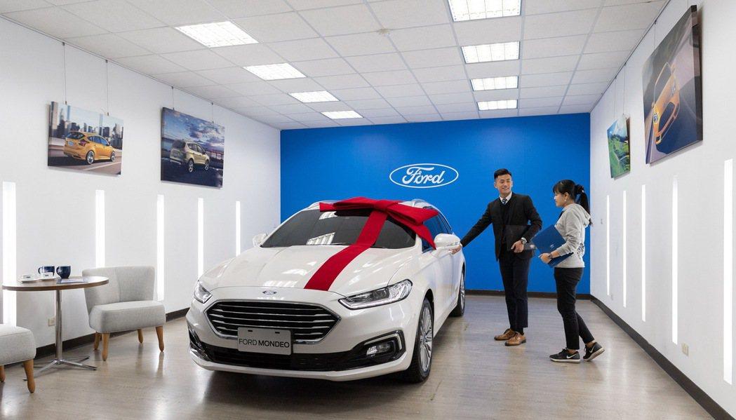 Ford關心車主及廣大消費者,於全台新車展示中心及專業服務廠備妥相關防疫措施,提...