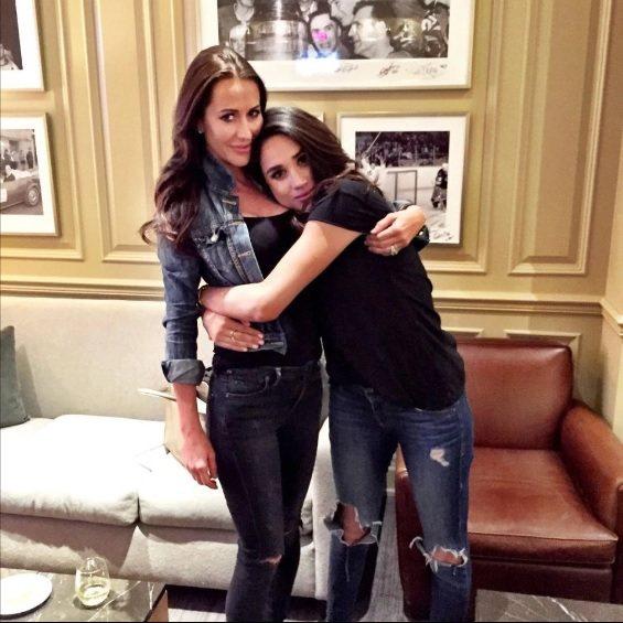 梅根(右)與潔西卡穆隆尼交情親密。圖/摘自Instagram