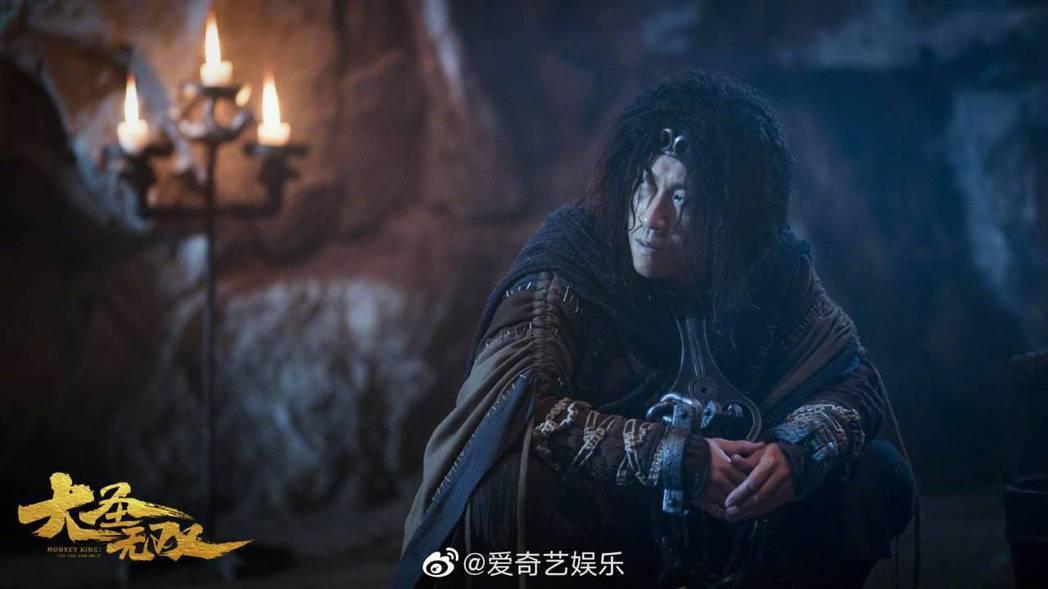 陳漢典演出孫悟空時吃盡苦頭。圖/摘自微博