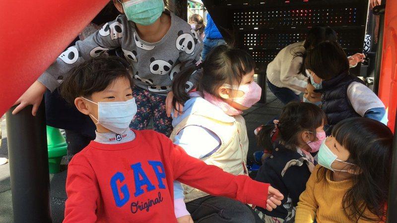 為嚴防武漢肺炎,教育部宣布高中以下學校,延後到2月25日開學。 記者陳雅玲/攝影