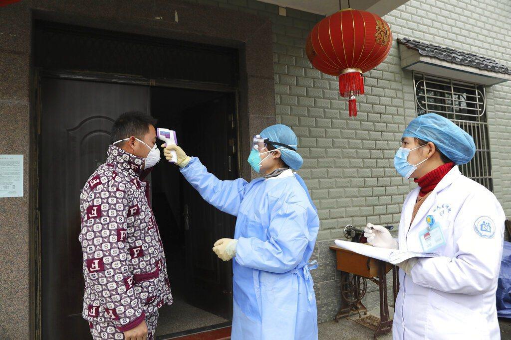 大陸武漢封城但疫情仍未獲得控制,封城之舉引發討論。 美聯社