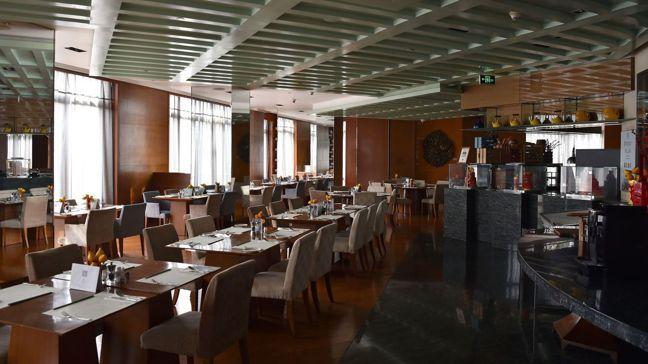 武漢肺炎讓許多飯店和餐廳門可羅雀。 彭博資訊