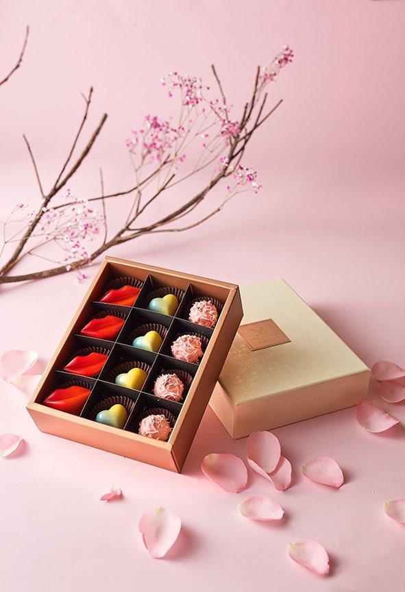 台北美福大飯店情人節限定愛戀手工巧克力禮盒。業者/提供