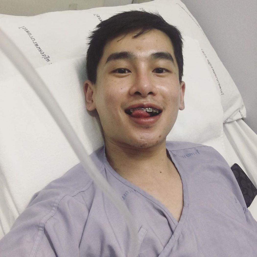 24歲泰國男星Wuchcharapol Phringtrakool因皮膚癌病逝。...