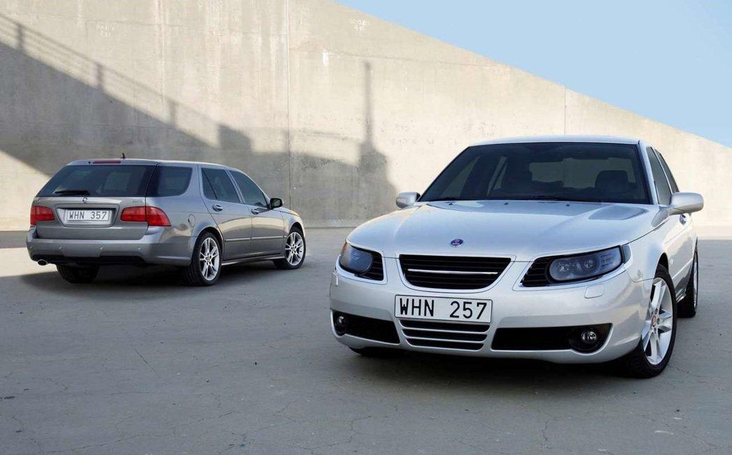 召回車型2006-09 Saab 9-5 SportCombi。 摘自Saab