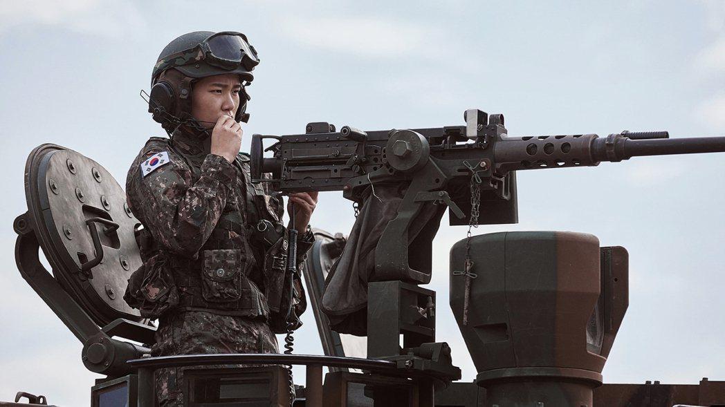 南韓首見的現役軍人「跨性別」案例,被卞熙秀扛起。至最後一刻,他仍盼望,軍方能做出...