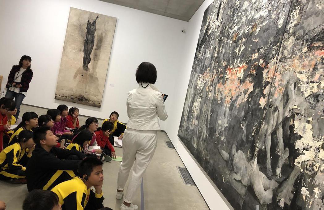 美感教育必須自小培養,參觀美術館、博物館與國家公園都同樣重要。 圖/聯合報系資料照