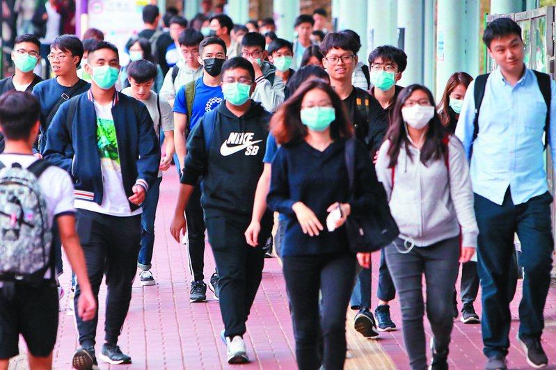 武漢肺炎疫情擴散,也讓防疫概念股成為年後台股資金押寶熱區。中通社
