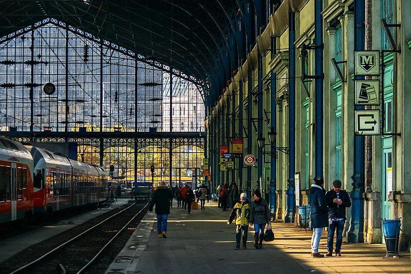 歐洲車站深藏美學與人文-布達佩斯站 /來源:wikimedia