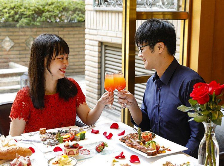 瓏山林台北中和飯店推出「愛你愛你」套餐。圖/瓏山林提供