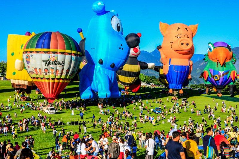 因應武漢肺炎疫情,今年台東國際熱氣球嘉年華活動,將延期至7月11日至8月30日舉辦,活動天數維持51天不縮水。圖/台東縣政府提供