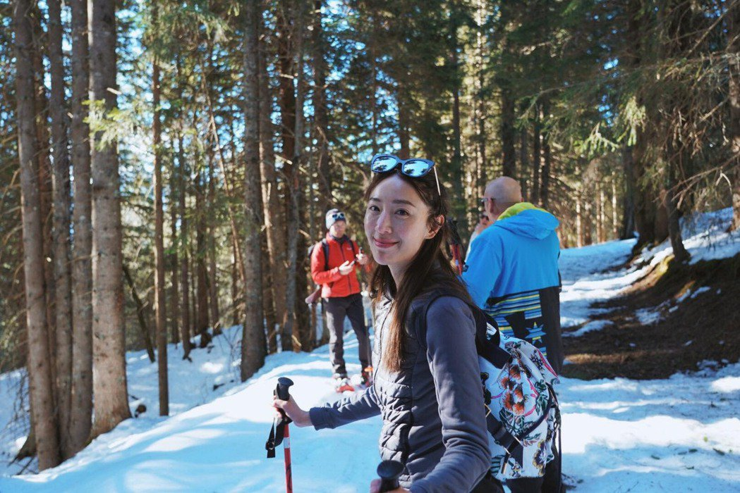 隋棠到阿爾卑斯山滑雪。圖/摘自臉書