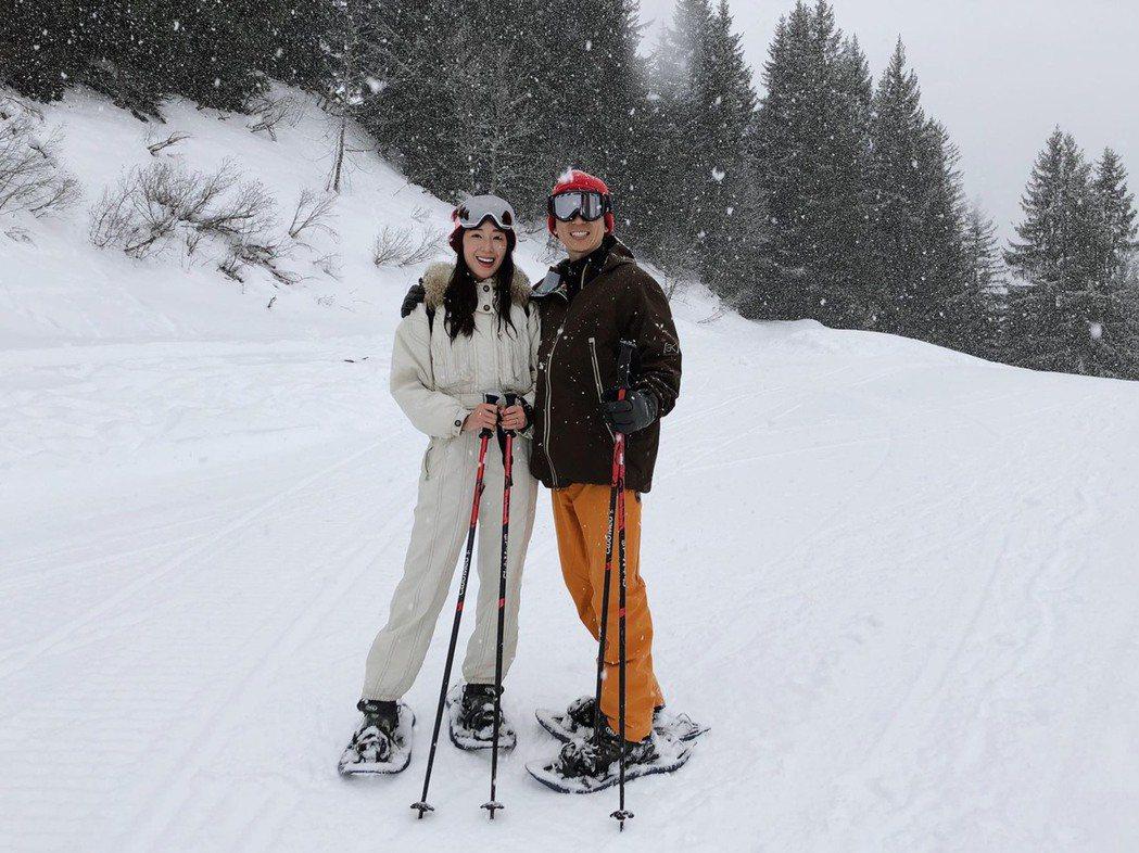 隋棠和老公Tony慶祝木婚到阿爾卑斯山滑雪度假。圖/摘自臉書