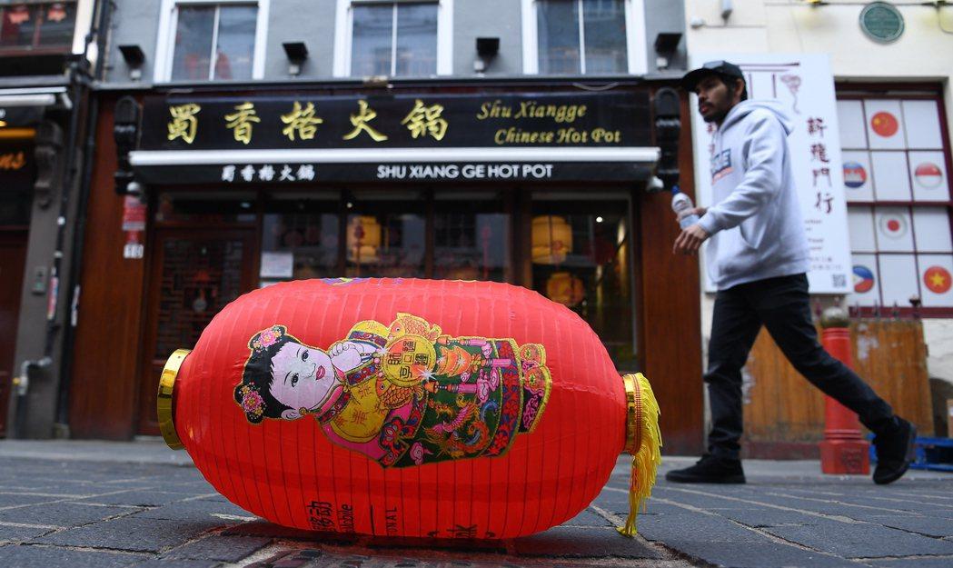 英國出現武漢肺炎確診病例後,倫敦中國城許多商家生意清淡。 (歐新社)