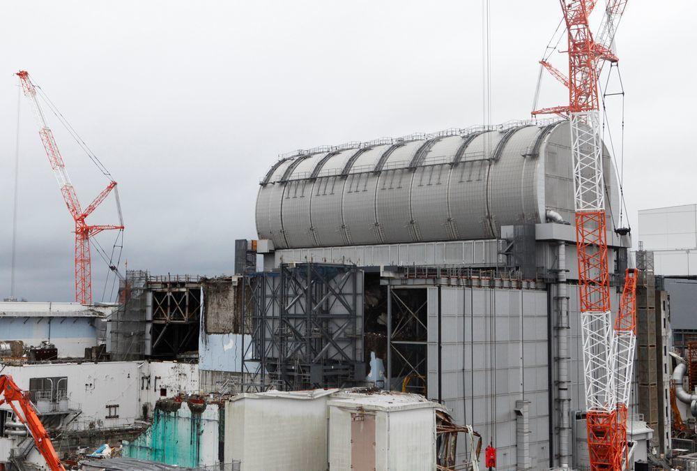 圖為福島第一核電廠內廠房受損最嚴重的3號機。(路透)