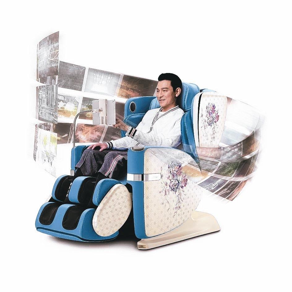 高雄夢時代OSIM展品出清特賣,高科技AI按摩椅「4手天王」現省7.7萬元。 O...