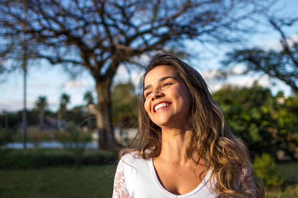 微笑是世界共同的語言,它能帶給周圍的人溫暖,也是鼓勵他人最容易的方法。 圖/pe...