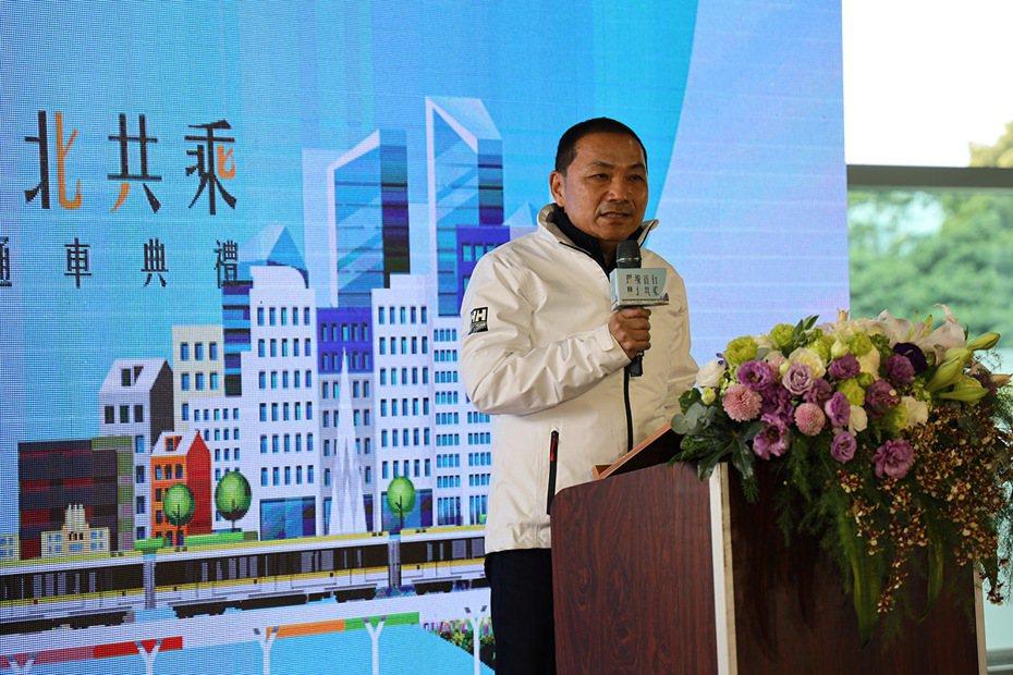 新北市長侯友宜宣布捷運環狀線第一階段正式通車。 圖/新北市政府捷運工程局 提供