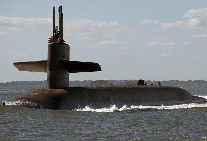 美國防部證實,美軍已在遠洋潛艦上配備可攜帶新型低當量核彈頭的長程飛彈。(photo by USNI)