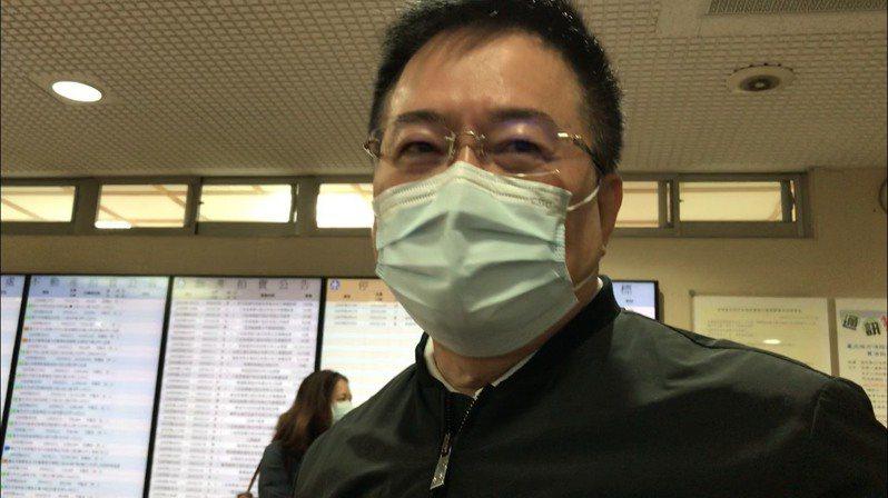 蔡正元今天出庭爆料。記者王聖藜/攝影