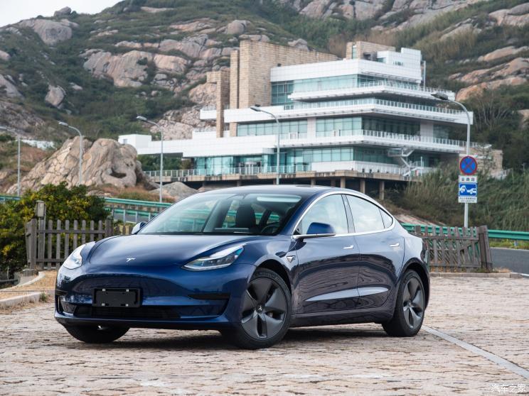 大陸產特斯拉Model 3已於1月7日對外交付。照片/騰訊網