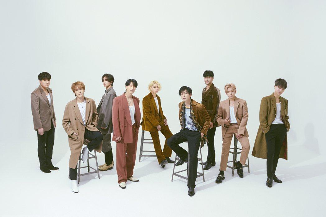 南韓男團Super Junior新專輯「TIMELESS」首次挑戰嘻哈風格,空降
