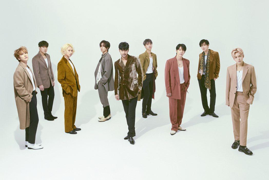南韓男團Super Junior新專輯「TIMELESS」首次挑戰嘻哈風格,空降...