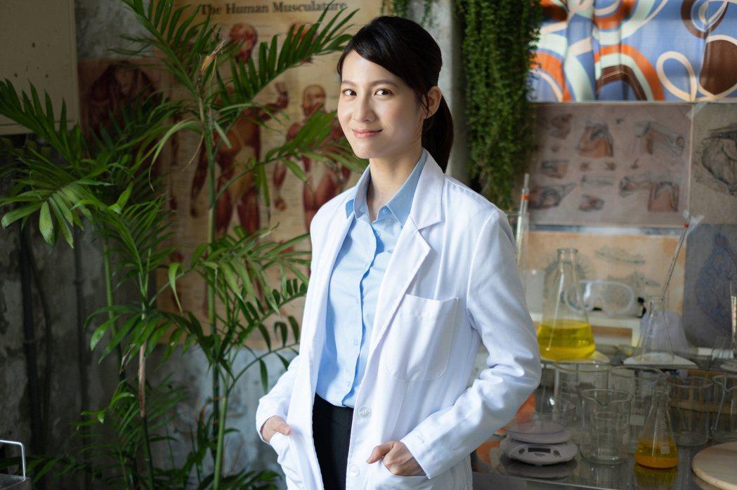 連俞涵主演「妖怪人間」受封地表最正妖怪醫生。圖/公視提供