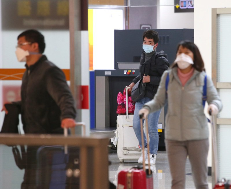 交通部觀光局宣布,自即日起至2月29日暫停旅行社組團前往香港、澳門地區旅遊(不含轉機)。記者林澔一/攝影