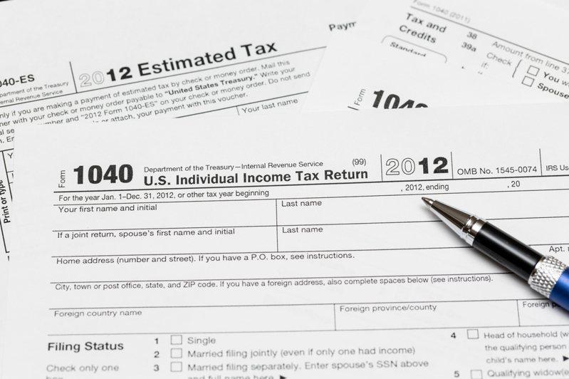 威斯康辛州一對夫婦因報稅日期比截止時間晚了兩天,被聯邦法官判決無法獲得7386美金(約新台幣22萬元)的退稅;但是本周聯邦政府重新認定,該夫婦的報稅日期並未晚於截止日,因此夫婦可獲退稅以及累積的利息。 示意圖/ingimage