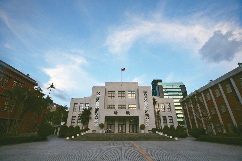 立法院擬因防疫延後開議引發爭議。 圖/聯合報系資料照片